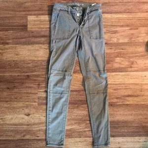 American Eagle Army Green Jegging Jeans